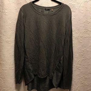 Tahari Long Sleeve Crew Neck Sweater Gray size L